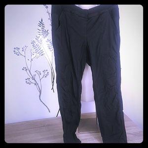 Lululemon studio pants women 8